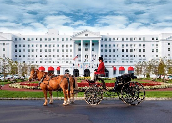 White Sulphur Springs, Virginia Occidental: The Greenbrier Main Entrance