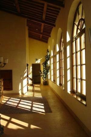 Residenza San Pietro Sopra Le Acque: corridoio