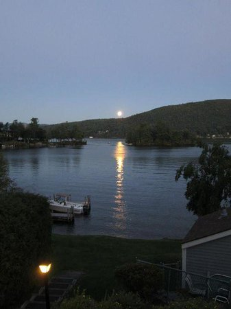The Quarters at Lake George : spectacular view from our balcony