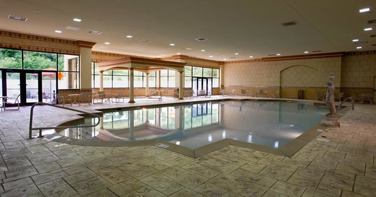 Elizabeth, IN: Indoor Pool
