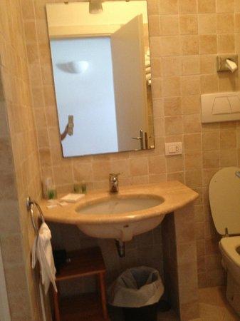 Hotel La Tosca: Lavabo et wc