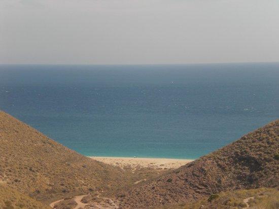 Playa de los Muertos : Vista de la bajada