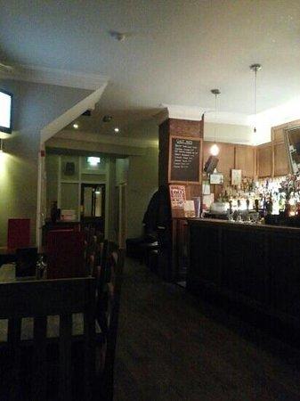 The Palatine Bar : inside bar