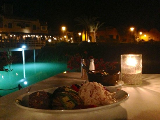 The Grill : Main course by the Lagoon