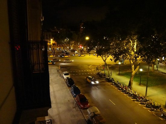 Hotel Del Mar: Zimmeraussicht in der Nacht