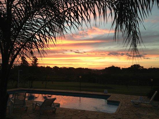 Parque Hotel Holambra: Sunset