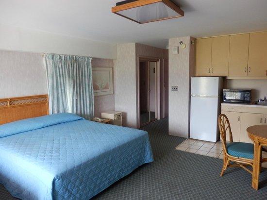 Ilima Hotel: Main room