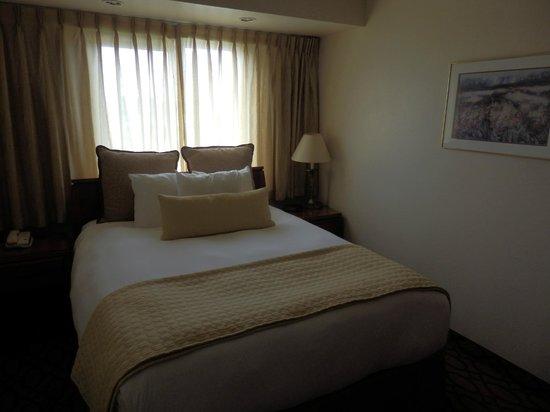 Anchorage Grand Hotel : Bedroom