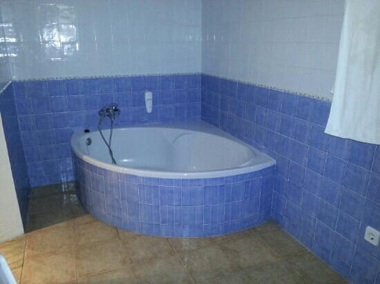 Tramontana Park: menuda bañera