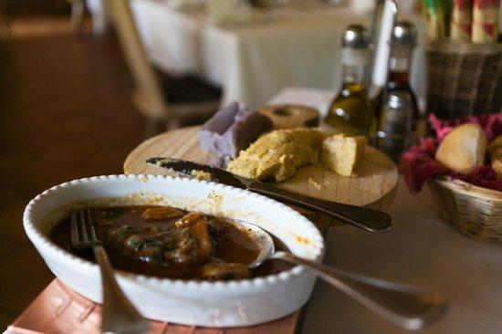 Chalet Rifugio Al Faggio: Brasato con polenta