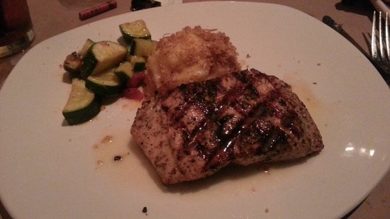 Bonefish Grill: Salmon-huge serving size and great flavor!!