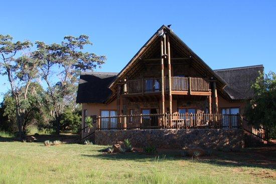Kololo Game Reserve: Chalet Olifant
