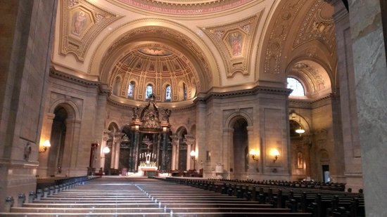 Cathedral of St. Paul : Sanctuary
