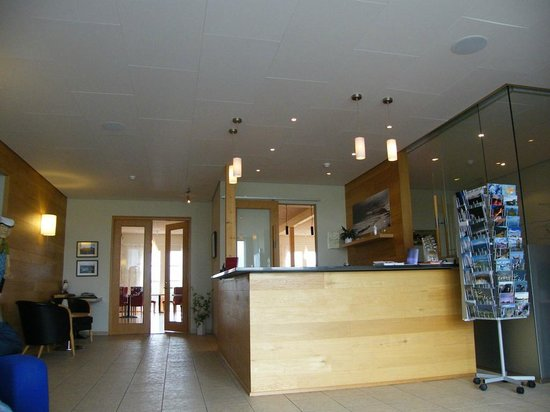 Icelandair Hotel Hamar: reception area...