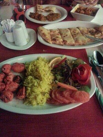 Mumtaz Mahal: delicious Tandoori