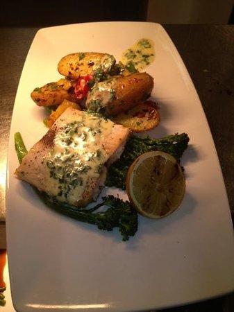 The Plough Inn Restaurant: love fish