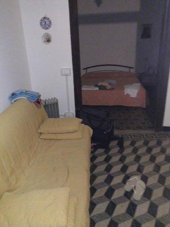 Locanda dalla Compagnia: sala e camera