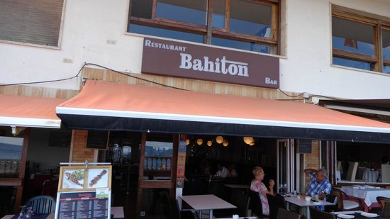 Bahiton Tossa : Frente restaurant