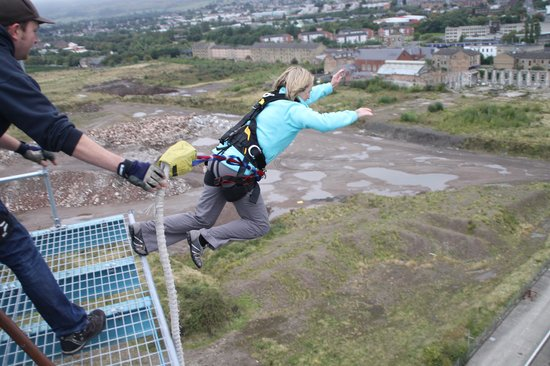 Highland Fling Titan Crane Bungee Jump: why am I doing this!?!