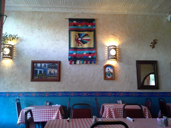 The Jalisco Cafe: Inside
