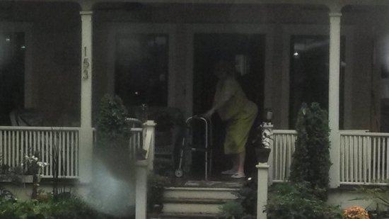 "LaZoom : ""Earlenes"" Granny TWERKING on her front porch!"