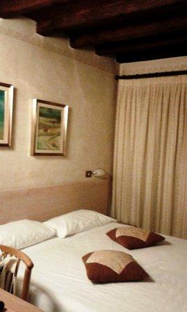 Best Western Hotel Liberta: Parte della camera