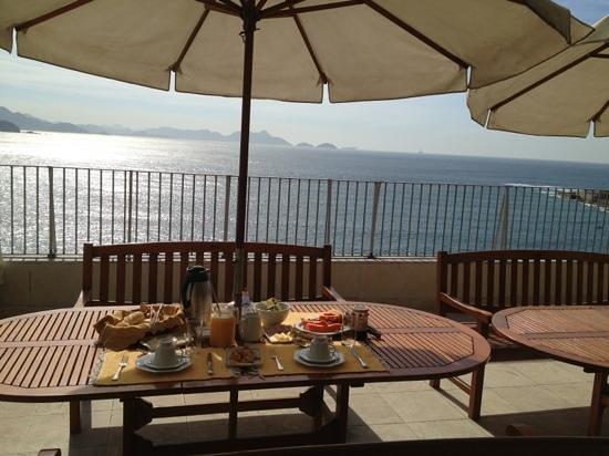 Rio Guest House ( Marta's Guest House): ontbijten aan de Copacabana!