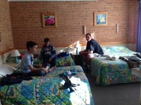 Huskisson Beach Motel: Room in Husky