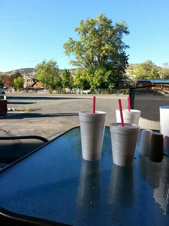 Adin, CA: fresh peach shakes and a gorgeous view!