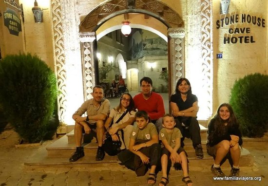Stone House Cave Hotel: Kemal