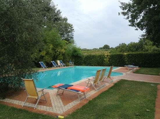 Azienda Agricola Montalpruno: The pool was one of a dozen great features