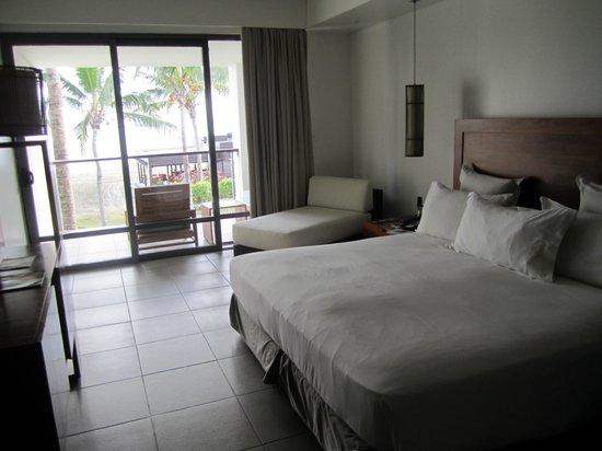 Hilton Fiji Beach Resort & Spa: Room with a balcony