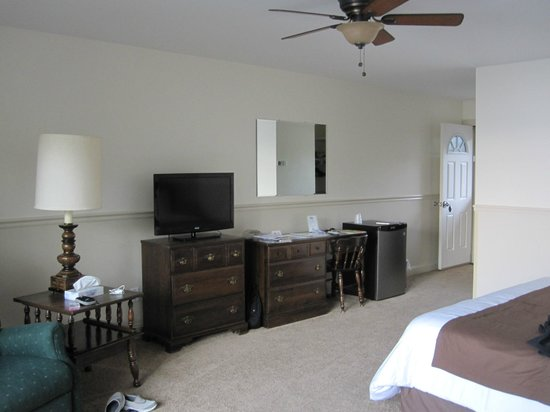 Edgewater Motel & Cottages : Motel Room 28
