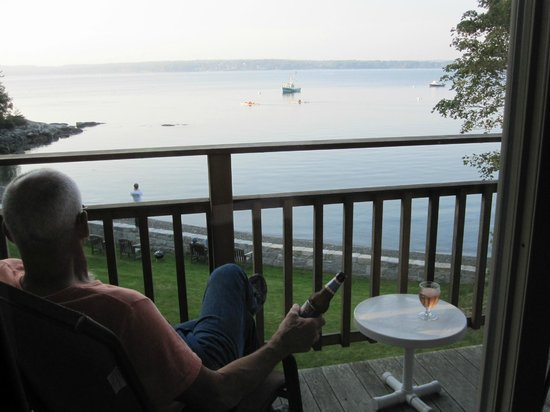 Edgewater Motel & Cottages : View from Deck