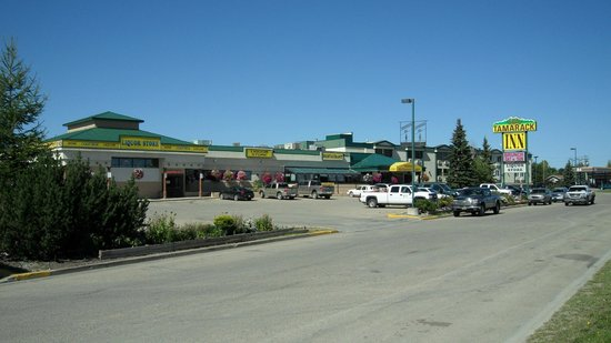 Rocky Mountain House, Canada: Great Rates  Free Hot Breakfast  Full Service Hotel