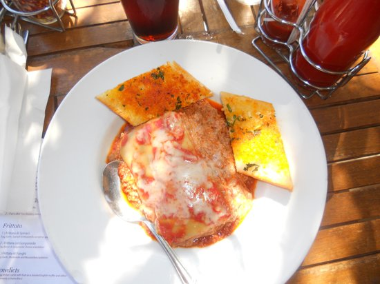 Taste of Rome: Lasagna Bolognese -Tasted Good, way too much meat in the sauce and no vegggies on the side : (