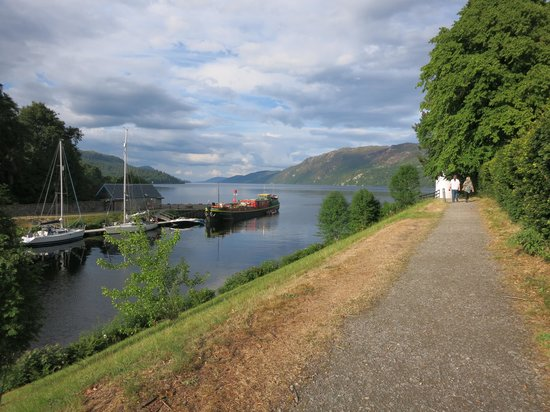 Caledonian Cottage Bed and Breakfast: Lochness and Fort Augustus