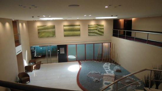 Hilton Buenos Aires: Ingreso al salón ejecutivo
