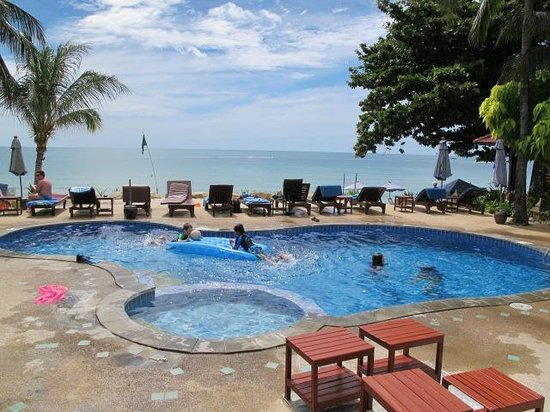 Seascape Beach Resort: pool