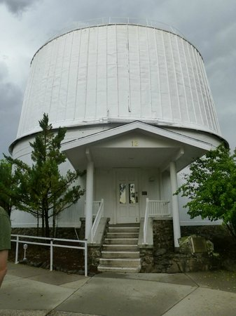 Lowell Observatory: outside the observatory