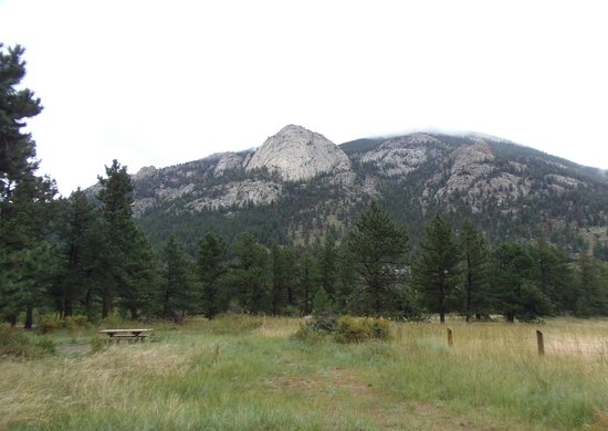 Aspenglen Campground, Rocky Mountain National Park: Beautiful mountain view