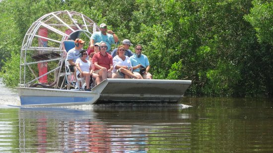 ‪Wooten's Everglades Airboat Tour‬