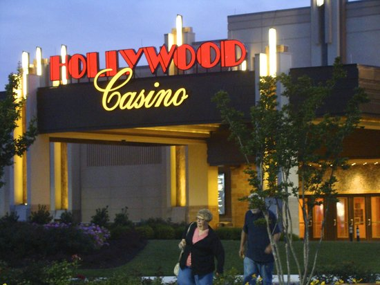 Front of Hollywood Casino