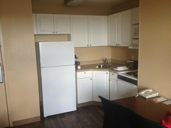 Extended Stay America - Miami - Airport - Doral - 25th Street: Cozinha