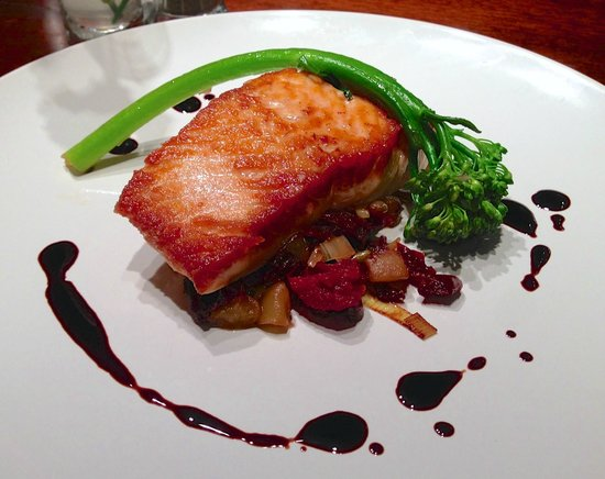 LA FERME: Salmon
