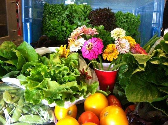 LA FERME: Local Farmer's Market Ingredients