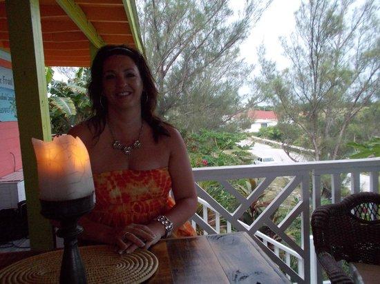 Front Porch : romantic dinner