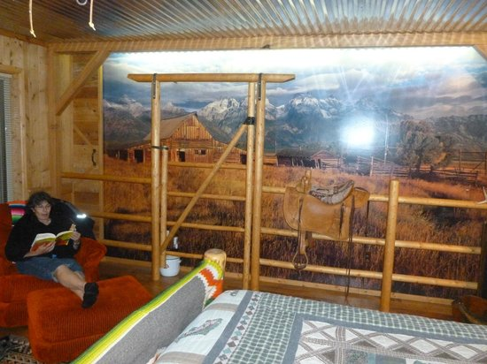 K3 Guest Ranch Bed & Breakfast : Creative