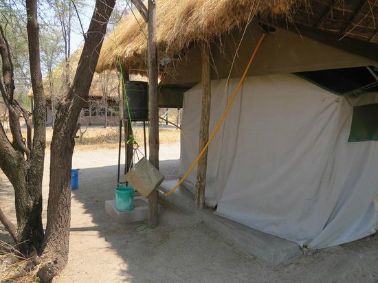 Whistling Thorn Tented Camp: The safari shower water source