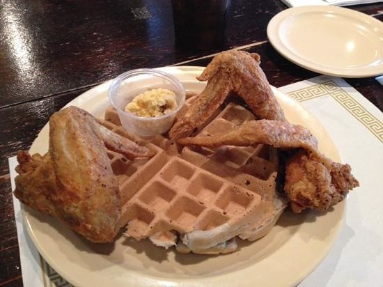 Maxine's Chicken & Waffles: The famous dish